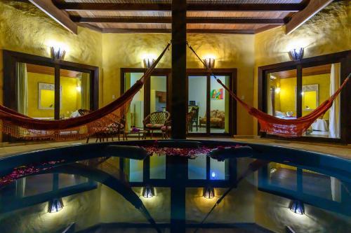 A piscina localizada em Lago Hotel ou nos arredores