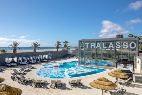 The swimming pool at or near Barceló Fuerteventura Thalasso Spa