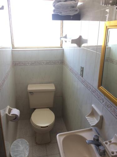 Un baño de Hotel Montemar