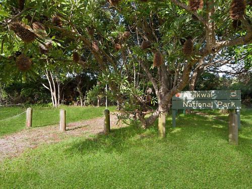 A garden outside Birdsong Beach House