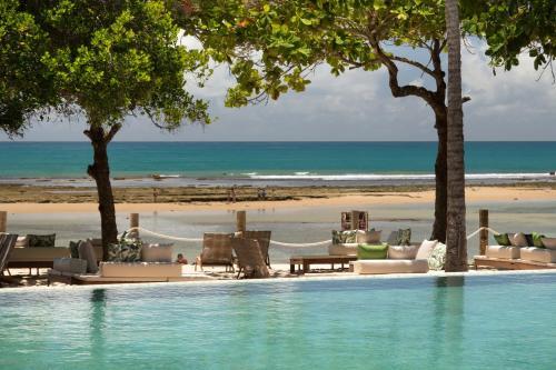 The swimming pool at or near Kûara Hotel