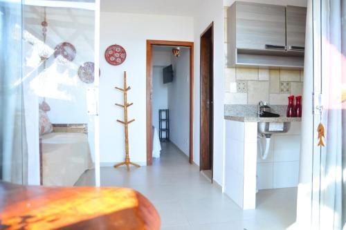 A kitchen or kitchenette at Pousada Porto dos Milagres