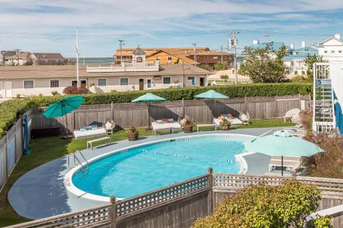 A view of the pool at Haven Montauk or nearby