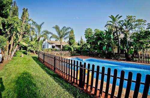 The swimming pool at or near Hacienda Roche Viejo