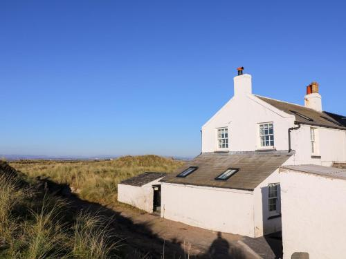 2 Lighthouse Cottage, Barrow-in-Furness