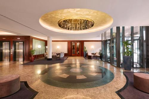 The lobby or reception area at Hyperion Hotel Berlin