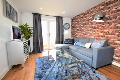 Savoy Place - Your Apartment
