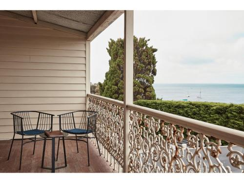 A balcony or terrace at Hotel Sorrento