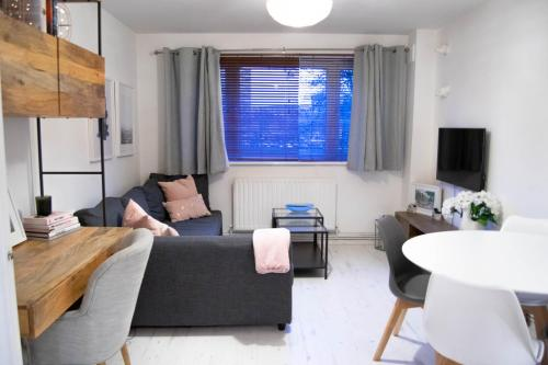 1 Bedroom Battersea Flat