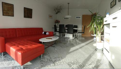 Ein Sitzbereich in der Unterkunft Ferienhaus Ringelwiese