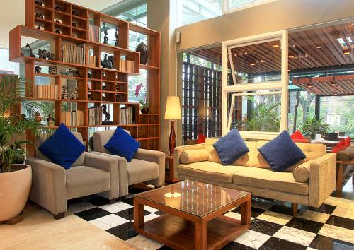 A seating area at Ivory Hotel Bandung