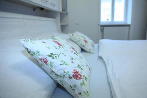 Postel nebo postele na pokoji v ubytování Apartment Alex