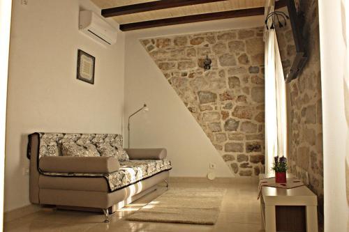 Posezení v ubytování Apartment La Perla A2 BOL-CENTER