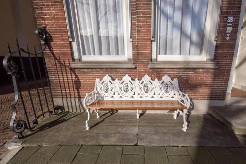Een zitgedeelte bij Nieuwehaven25