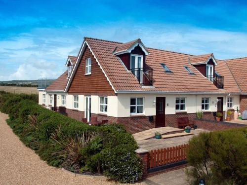 2 Seabreeze Cottages