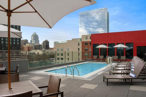 The swimming pool at or near Homewood Suites by Hilton Austin Downtown