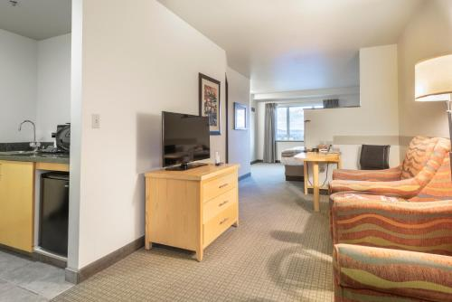 A television and/or entertainment center at Westmark Fairbanks Hotel and Conference Center