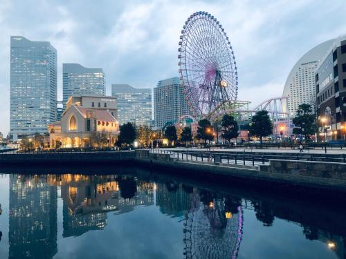 The swimming pool at or close to Yokohama WORLD Family House