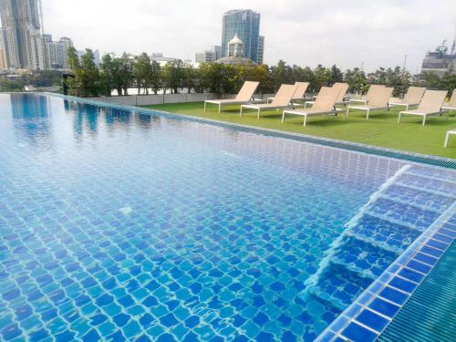 The swimming pool at or near Romance Hotel Sukhumvit 97