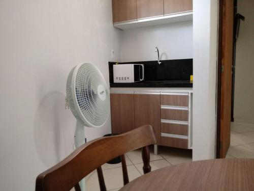 A kitchen or kitchenette at Akropolis Home