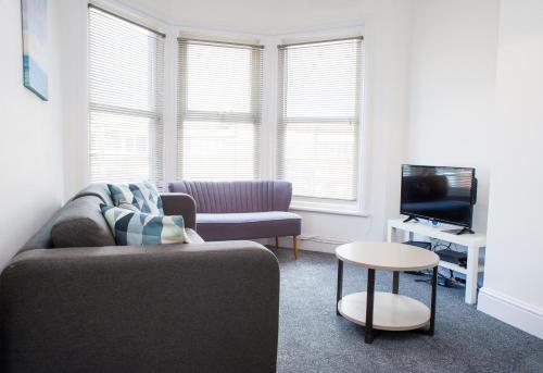 MyCityHaven - Stylish & Flexible Shirehampton Apartment