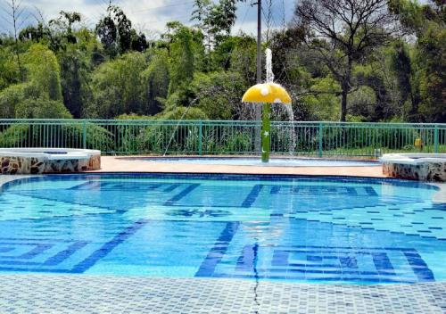The swimming pool at or near Hotel Campestre Paraiso Cafetero