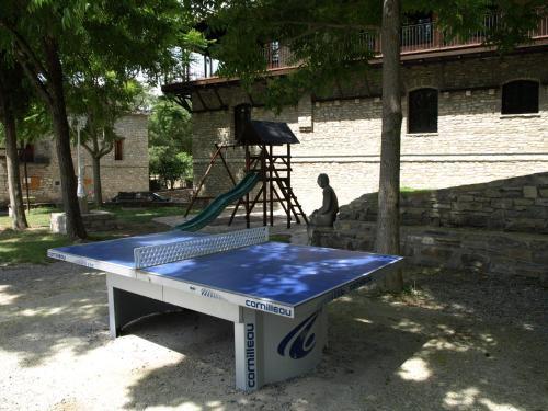 Ping-pong facilities at Centro de Vacaciones Morillo de Tou or nearby