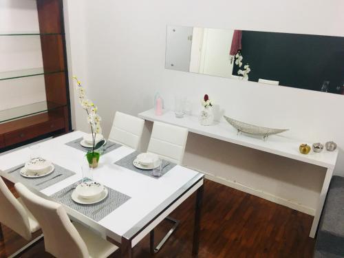 A bathroom at KK.Allience Apartamentos, lda