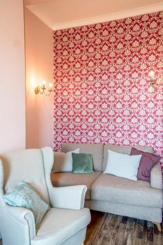 3 Bedroom Apartment in Bonnington