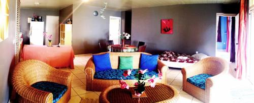 A seating area at MOOREA - Fare Taina (Iti & Nui)