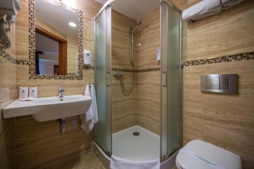 Kúpeľňa v ubytovaní Conrad Hotel