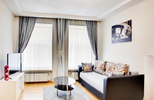 Гостиная зона в Apartments Spassky Pereulok