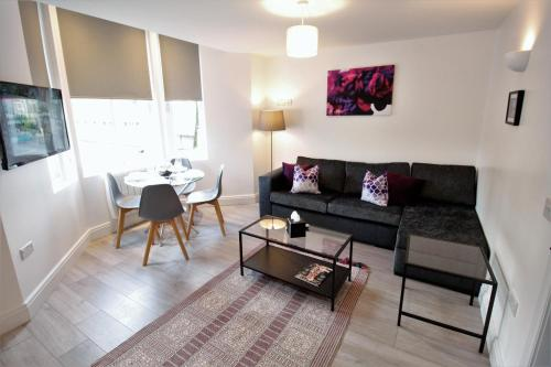 Willow Serviced Apartments - The Walk 2