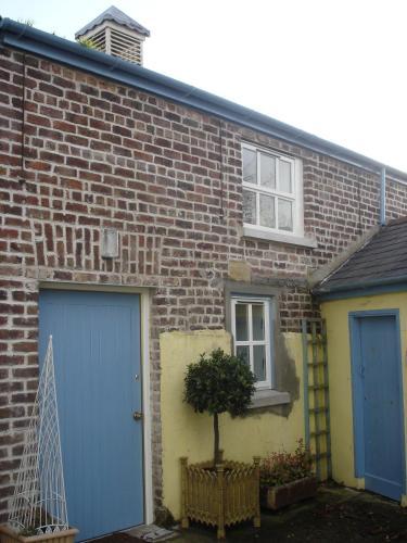 Dobson's Corner Cottage at Ballydougan Pottery