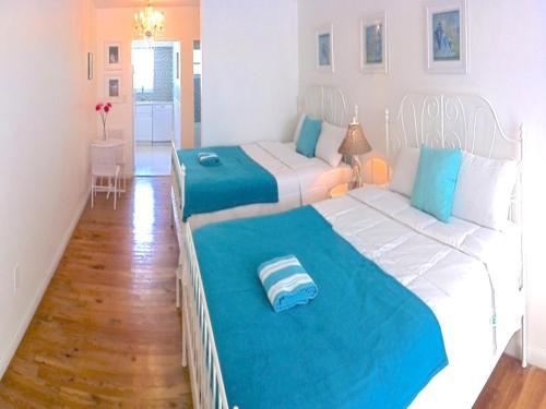 Cama o camas de una habitación en Bikini Hostel, Cafe & Beer Garden