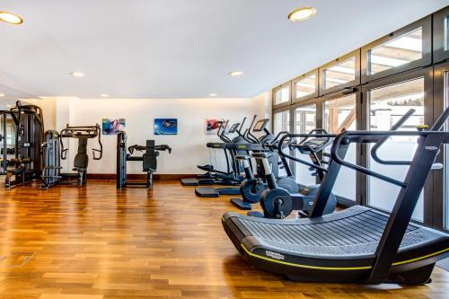 The fitness center and/or fitness facilities at Grand Hotel des Bains Kempinski