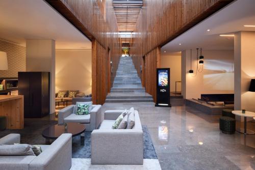 A seating area at Inspira Santa Marta Hotel & Spa