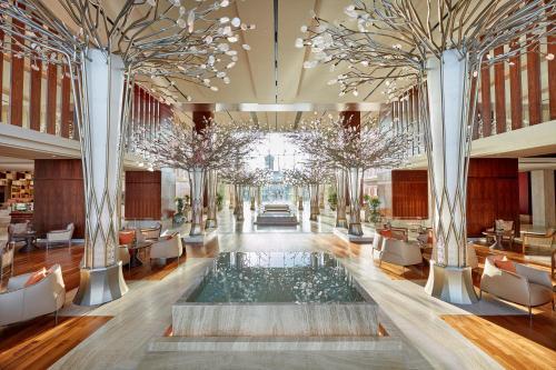 The swimming pool at or near Mandarin Oriental Jumeira, Dubai