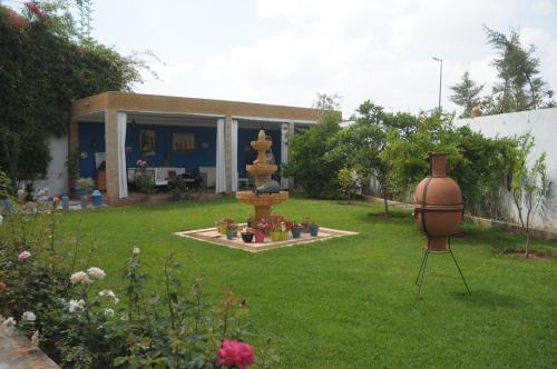 Κήπος έξω από το Paradise House