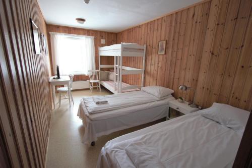 En eller flere køyesenger på et rom på Tønsberg Vandrerhjem