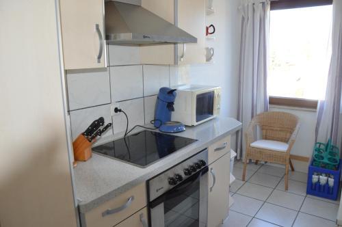 Küche/Küchenzeile in der Unterkunft Ferienwohnung-Osten