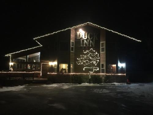 Duck Inn Lodge during the winter