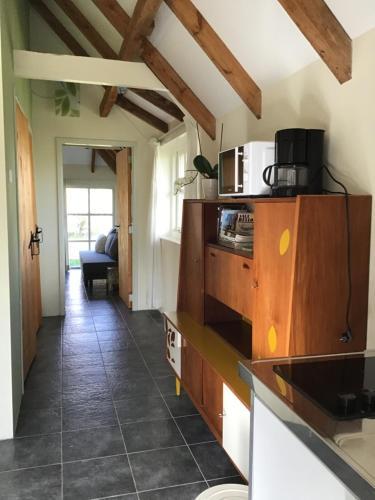 Küche/Küchenzeile in der Unterkunft Het Bijhuisje