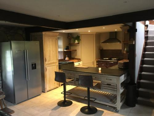A kitchen or kitchenette at Brainley Croft House