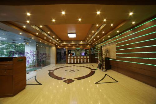 The lobby or reception area at Hotel Green Palace