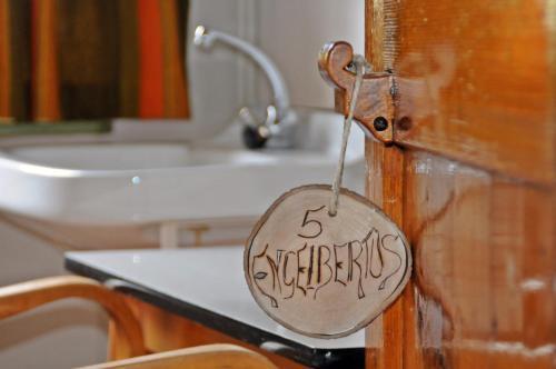 Een badkamer bij Het Klooster Breda
