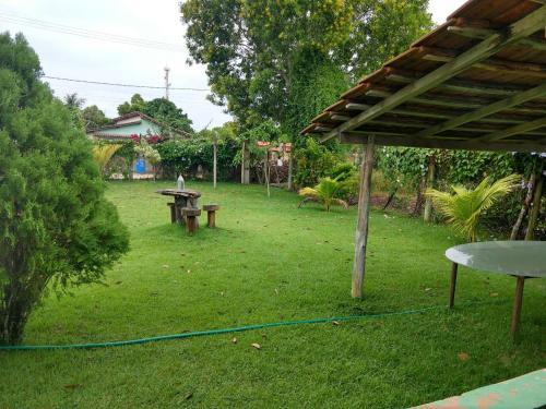 A garden outside Hostel Leão de judá