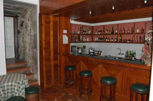 El salón o zona de bar de Hotel Ilha Graciosa