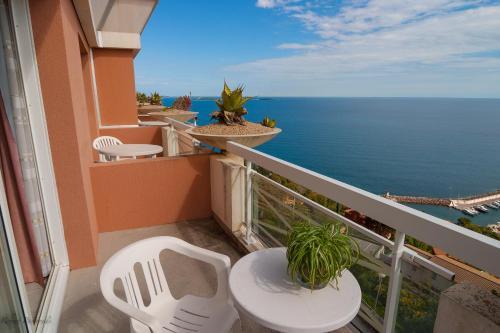 A balcony or terrace at Association Villa Saint Camille