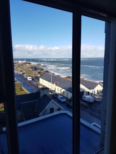 Atlantic views top floor